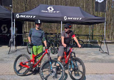 Steffen Marr und Kollege kurz vor Testfahrt mit Scott Fahrrädern
